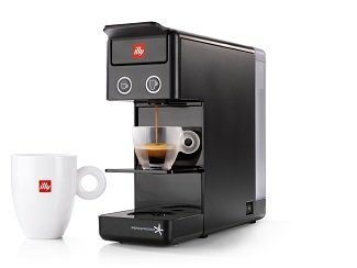 illy Y3.2 coffee maker and espresso maker made in Italy