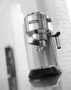 Which espresso machine is better Gaggia Or Delonghi